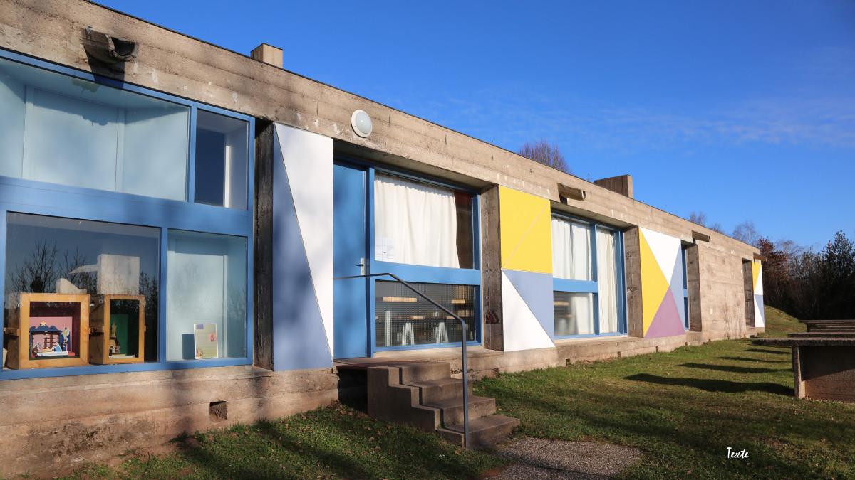 Abri du pèlerin façade Le Corbusier Ronchamp 1955