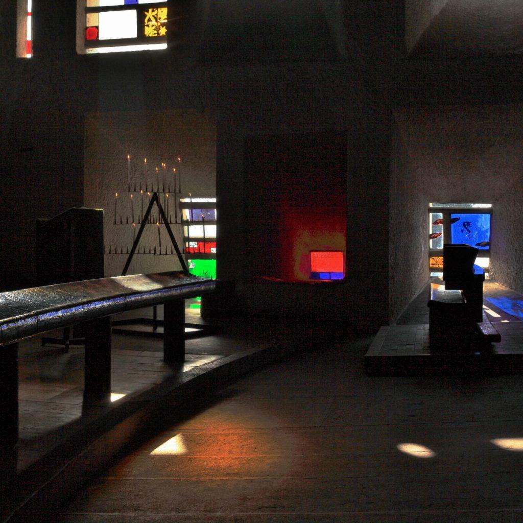 Chapelle Le Corbusier Ronchamp mur de lumière