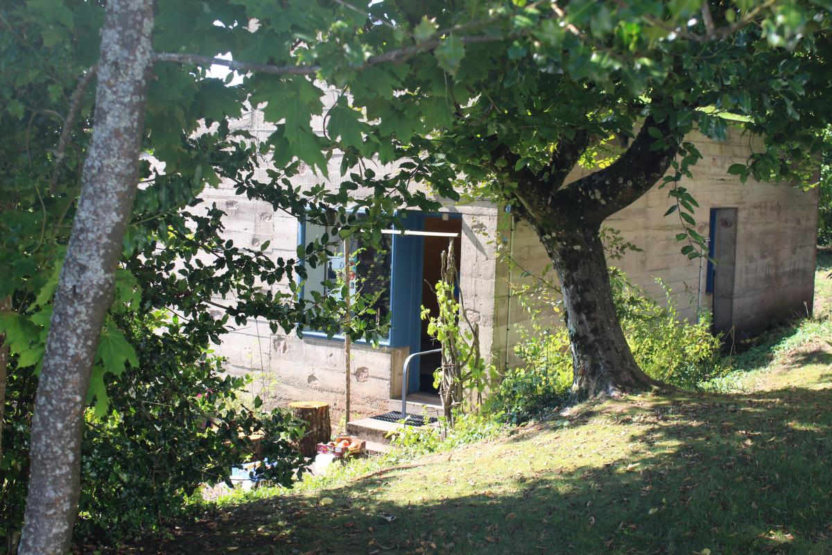 la maison du chapelain entrée soleil Le Corbusier Ronchamp